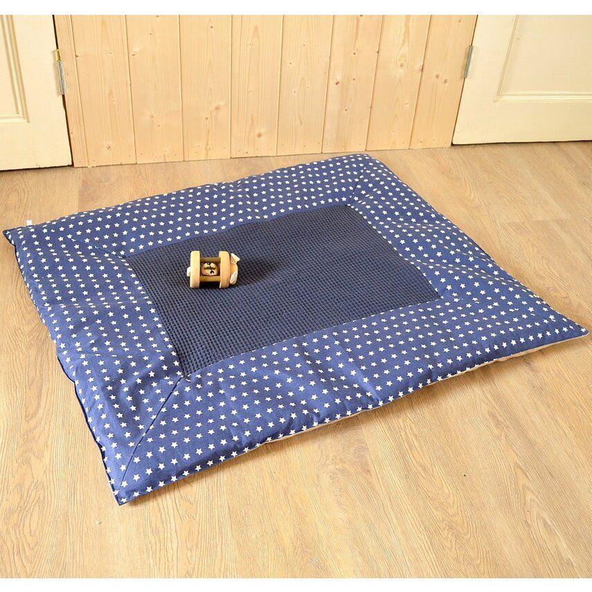 nb 1266 08 baumwolle kleine punkte sterne dunkelblau der stoffladen hat viele baumwollstoffe. Black Bedroom Furniture Sets. Home Design Ideas